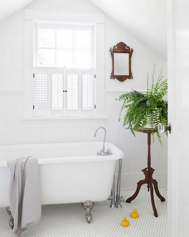 Top spring bathroom trends 2015 news and events by for Spring bathrooms