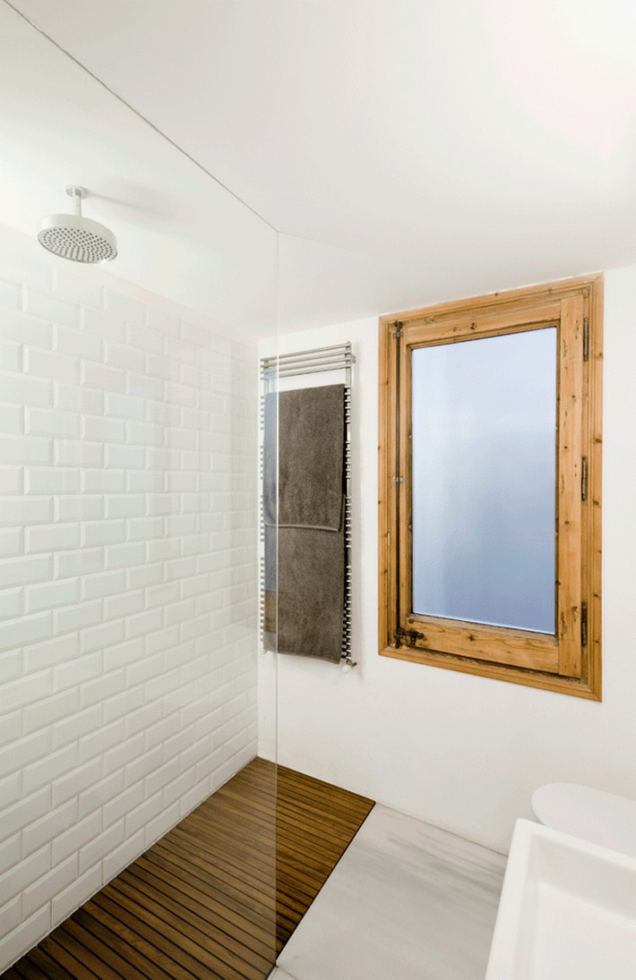 Bold-Bathroom-Design-Statements2  BOLD BATHROOM DESIGN STATEMENTS Bold Bathroom Design Statements2