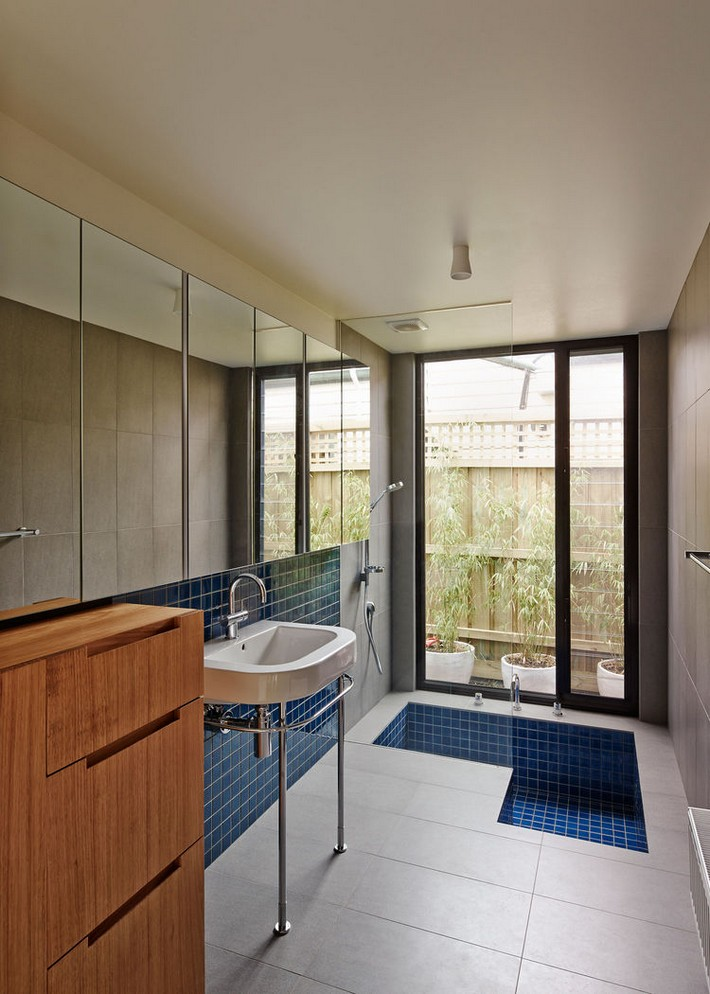 Bold-Bathroom-Design-Statements7  BOLD BATHROOM DESIGN STATEMENTS Bold Bathroom Design Statements7