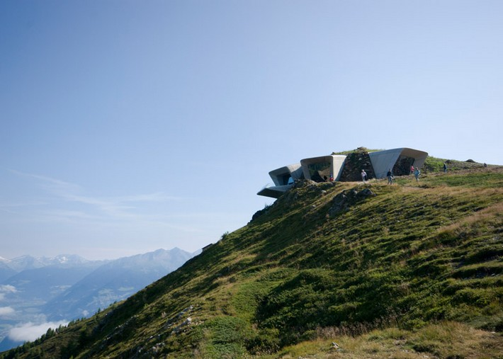 Art Projects: Zaha Hadid's Alpine Mountain Museum  Art Projects: Zaha Hadid's Alpine Mountain Museum Messner Mountain Museum Zaha Hadid Architects Corones dezeen 784 6