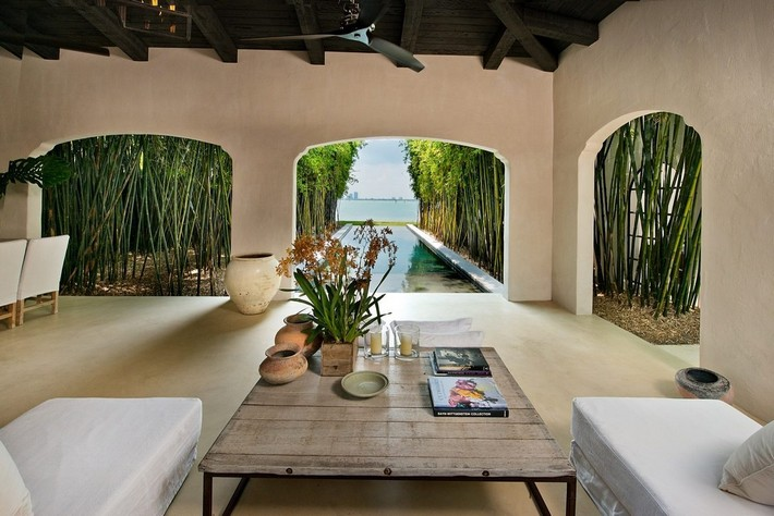 CALVIN KLEIN'S MIAMI BEACH HOME HITS REAL ESTATE MARKET  CALVIN KLEIN'S MIAMI BEACH HOME HITS REAL ESTATE MARKET 1433525799 syn 39 1433363584 5159 outdoor sitting area pool for web