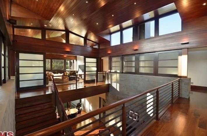 Matt Damon's Mansion in Pacific Palisades celebrity house Celebrity House: Matt Damon's Mansion in Pacific Palisades Matt Damon Luxury House 6 bedroom