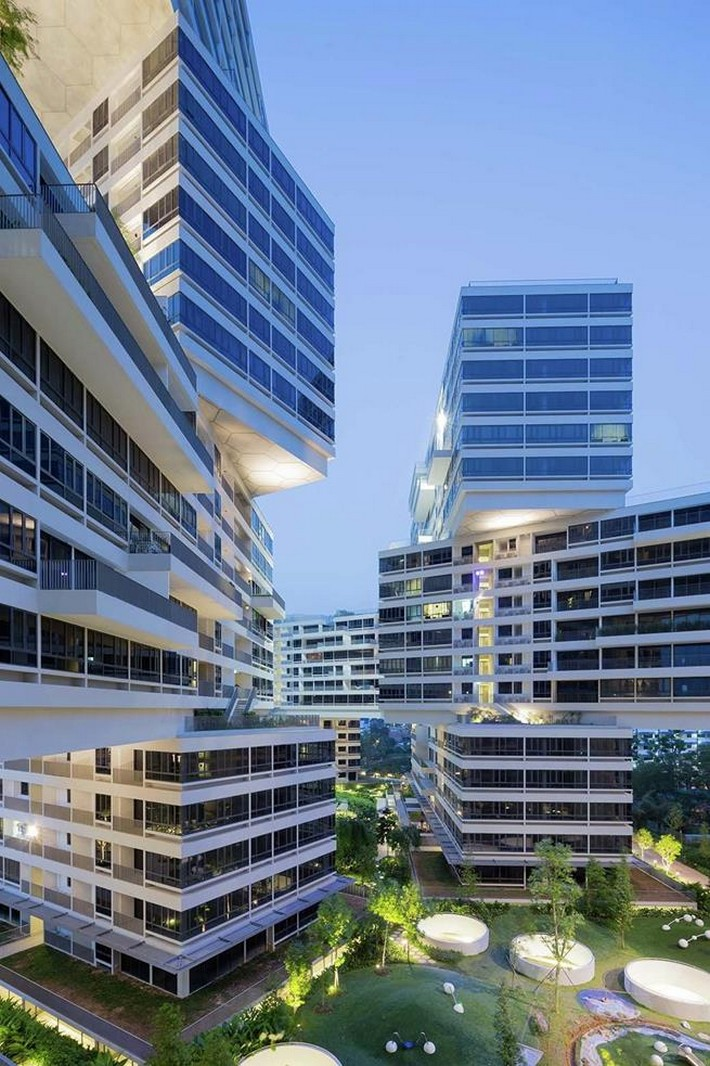 The interlace singapore world building of the year for Best builder construction