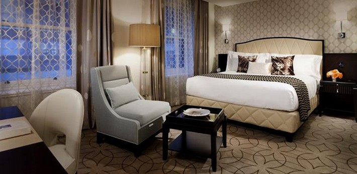 5 great luxury hotels offering last minute shopping for Design hotel vancouver