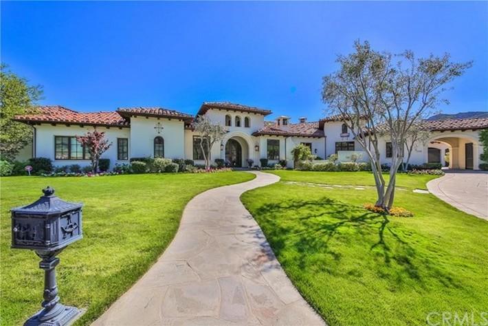 $8.9 Million California Dream's House is for Sale britney spears Britney Spears's $8.9 Million California Dream's House is for Sale Britney Spearss 8