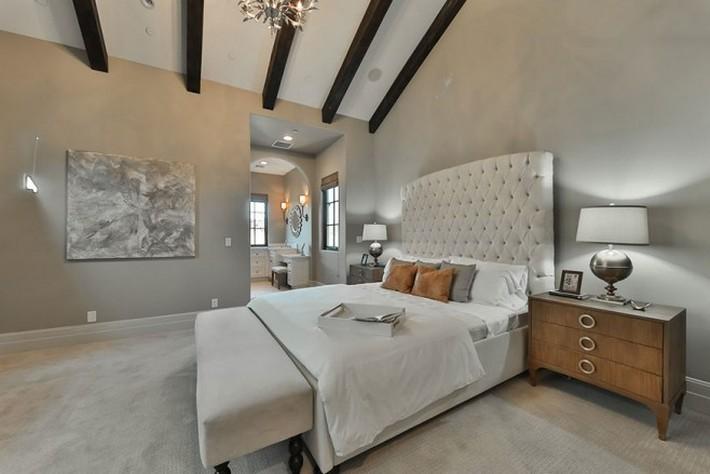$8.9 Million California Dream's House is for Sale 5 britney spears Britney Spears's $8.9 Million California Dream's House is for Sale Britney Spearss 8