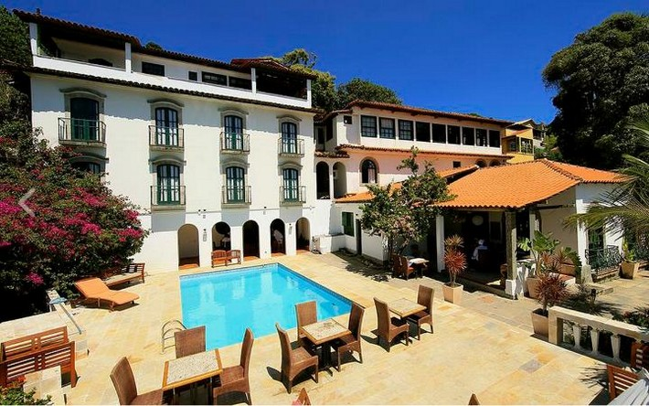 Top 10 Best Luxury Hotels to Stay During Rio 2016 Olympics rio 2016 olympics Top 10 Best Luxury Hotels to Stay During Rio 2016 Olympics Pousada Jardim da Marambaia summary large