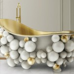 Newton White Bathtub: Bubble Bathing Never Felt So Good