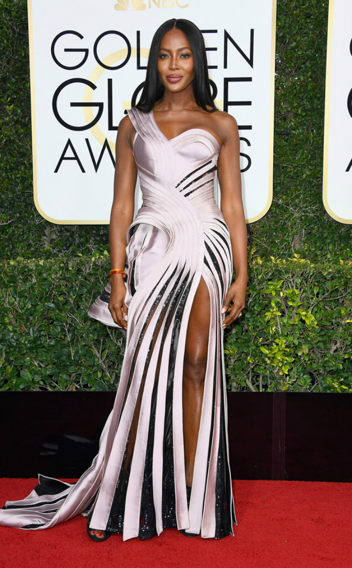 2017-golden-globe-awards-best-fashion-dresses-from-the-red-carpet-naomi-campbell 2017 Golden Globe Awards 2017 Golden Globe Awards: Best Fashion Dresses from the Red Carpet 2017 Golden Globe Awards Best Fashion Dresses from the Red Carpet Naomi Campbell