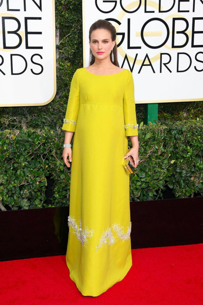 2017-golden-globe-awards-best-fashion-dresses-from-the-red-carpet-natalie-portman 2017 Golden Globe Awards 2017 Golden Globe Awards: Best Fashion Dresses from the Red Carpet 2017 Golden Globe Awards Best Fashion Dresses from the Red Carpet Natalie Portman