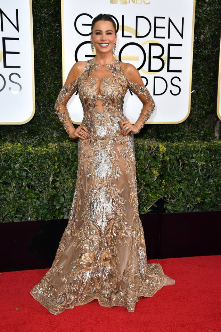 2017-golden-globe-awards-best-fashion-dresses-from-the-red-carpet-sofia-vergara 2017 Golden Globe Awards 2017 Golden Globe Awards: Best Fashion Dresses from the Red Carpet 2017 Golden Globe Awards Best Fashion Dresses from the Red Carpet Sofia Vergara