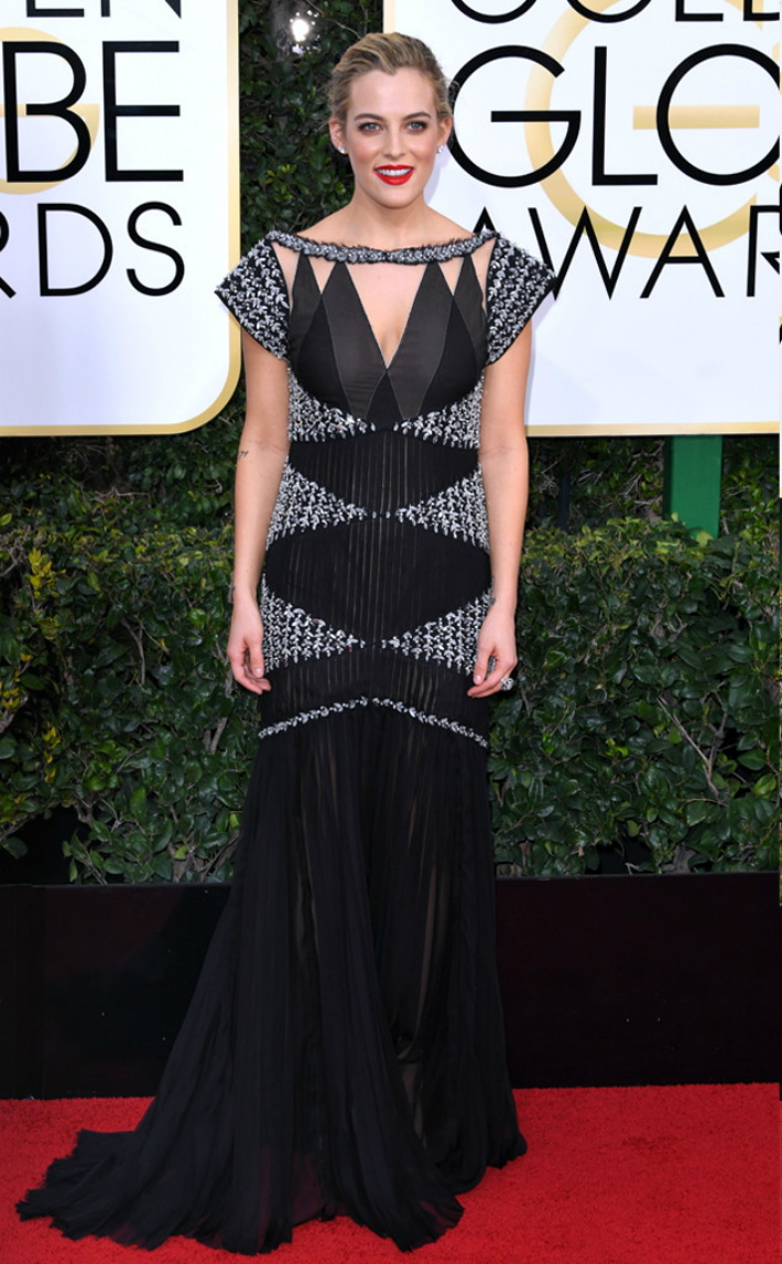 2017-golden-globe-awards-best-fashion-dresses-from-the-red-carpet-riley-keough 2017 Golden Globe Awards 2017 Golden Globe Awards: Best Fashion Dresses from the Red Carpet 2017 Golden Globe Awards Best Fashion Dresses from the Red Carpet riley keough