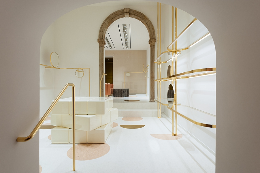 Red Valentino Store Features an India Mahdavi's Dream-Like Atmosphere india mahdavi Red Valentino Store Features an India Mahdavi's Dream-Like Atmosphere Red Valentino Store Features an India Mahdavis Dream Like Atmosphere 2