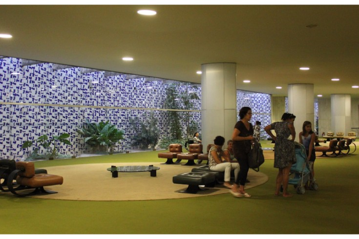 Interior Designers and Furniture Designers Furniture Designers Architects, Interior Designers and Furniture Designers brasilian designers inspiration Sal  o Verde Cogresso naciona
