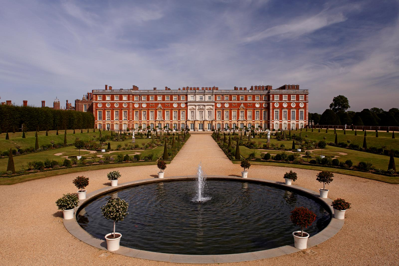House Museums in London House Museums in London 5 Beautiful House Museums in London You Must Visit in 2018 32330 hampton court palace east molesey 04