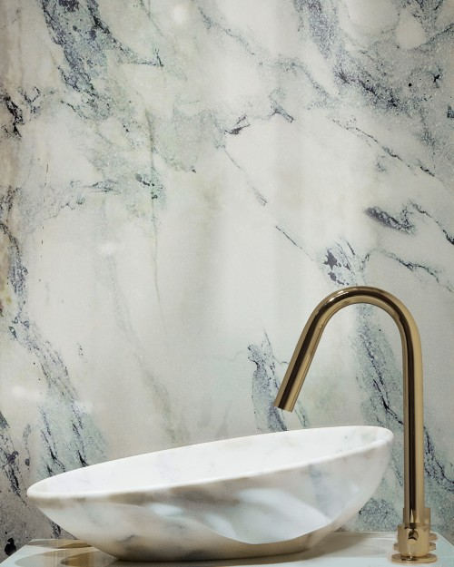 bathroom-detail-with-silk-vessel-sink-and-origin-three-hole-mixer-tap