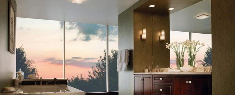 how to light your bathroom right  How to Light your Bathroom right mirrors for you bathroom1