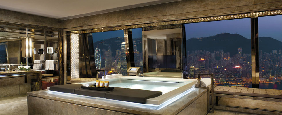 new year's eve Hotel Bathroom Ideas For Your New year's Eve feature image maison valentina