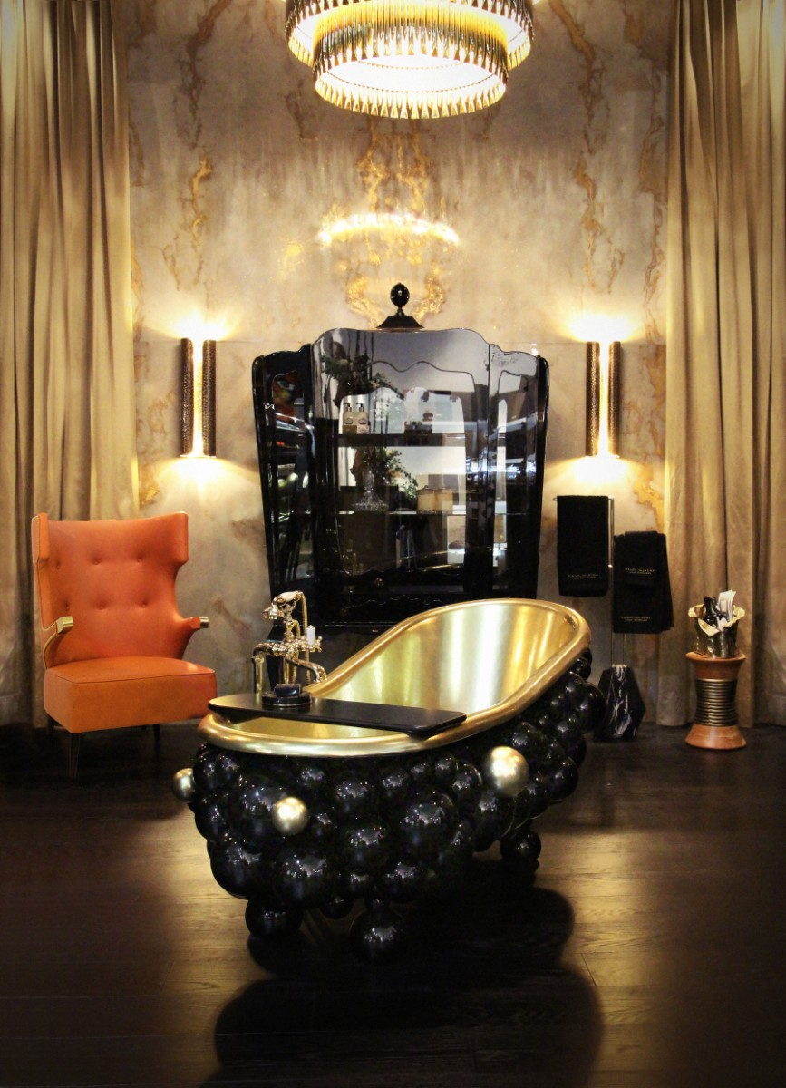 Top 5 Accent Armchairs For Your Bathroom 5 newton bathtubs palace display case maison valentina