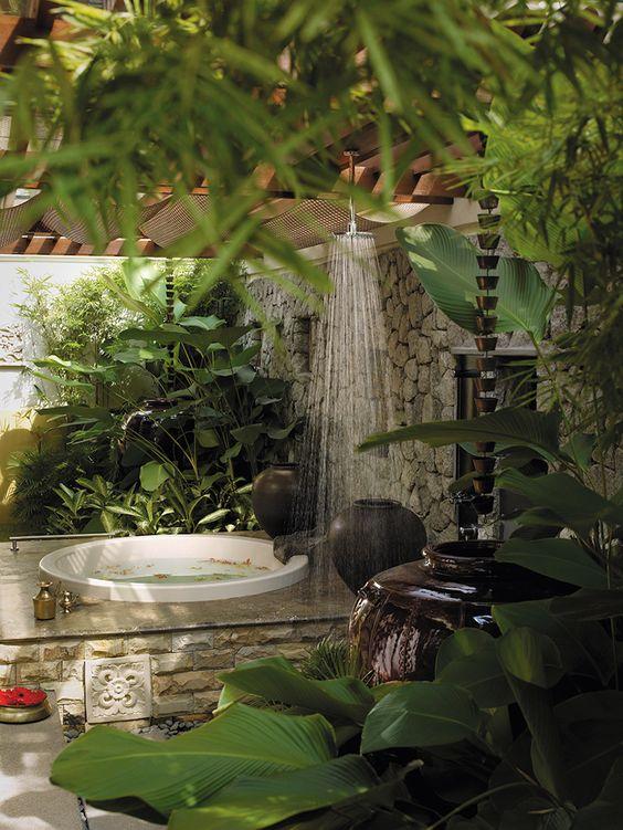 Stunning Outdoor Spa Ideas For The Summer c6edc1bde3806c17369585032c20c4e7