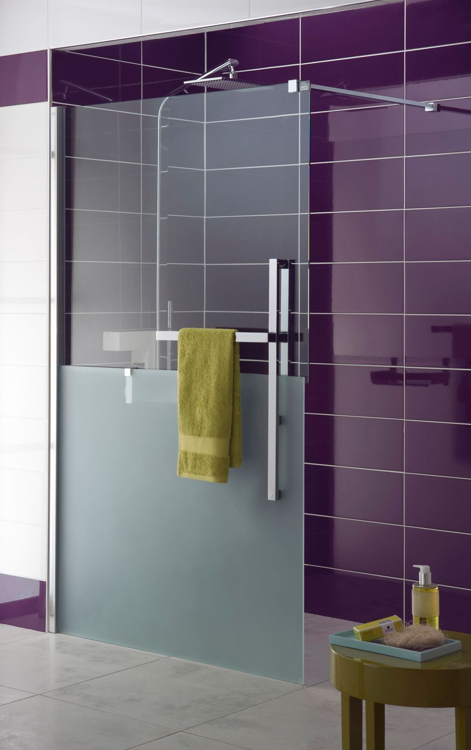 Electric Bathroom Ideas with Pantone Color of the Year 2018 douche a l italienne moderne lapeyre 5481668