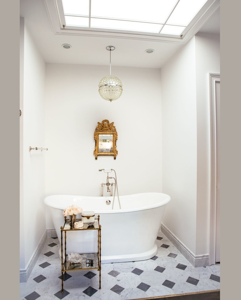 Opulent Bathroom Decor Ideas For Antique Lovers Opulent Bathroom Decor Ideas For Antique Lovers Luxury Bathroom Decor Ideas For Antique Lovers