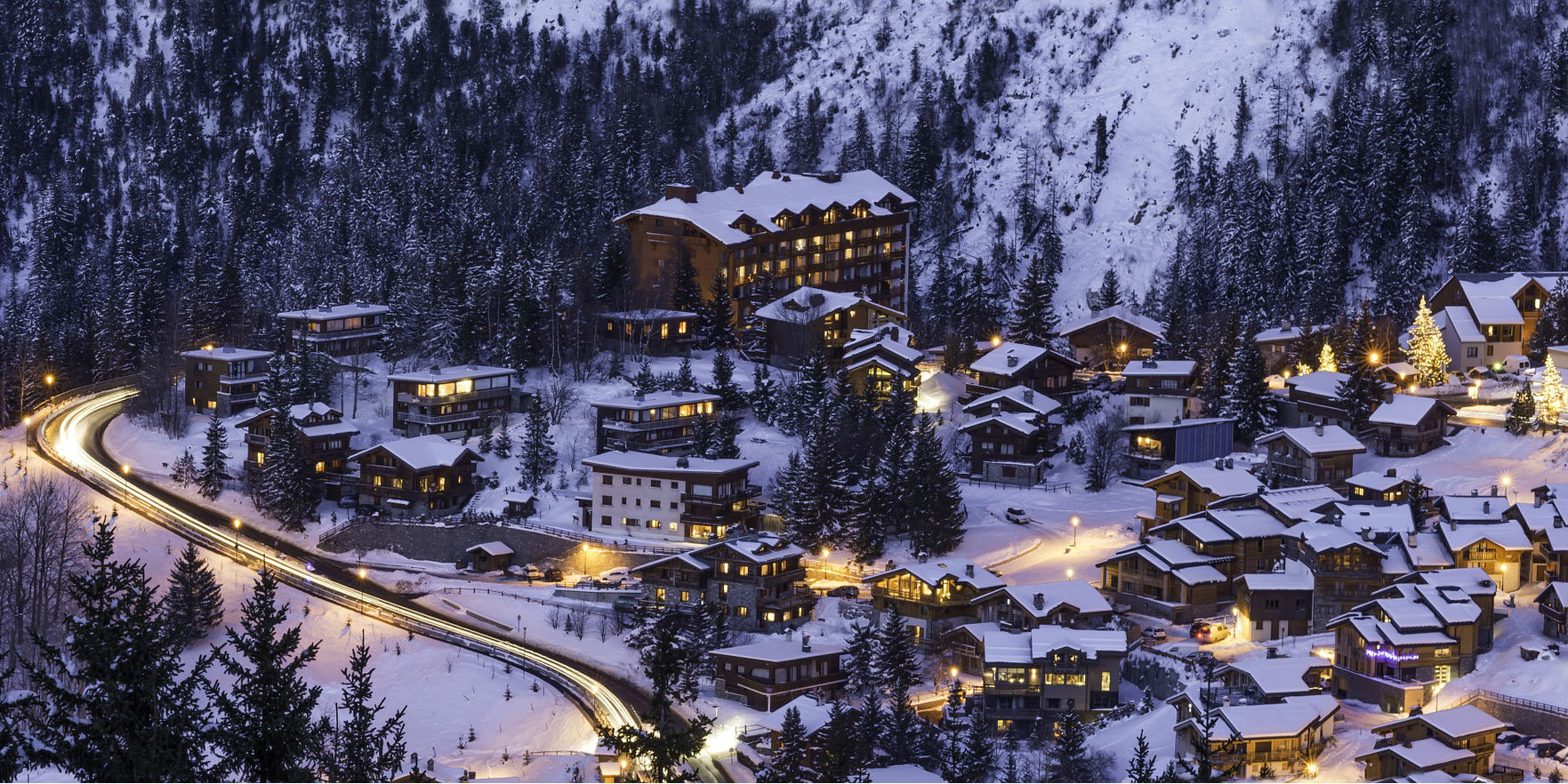 Courchevel, a Paradise of Chalets In The French Alps Courchevel, a Paradise of Chalets In The French Alps Romance in Courchevel France
