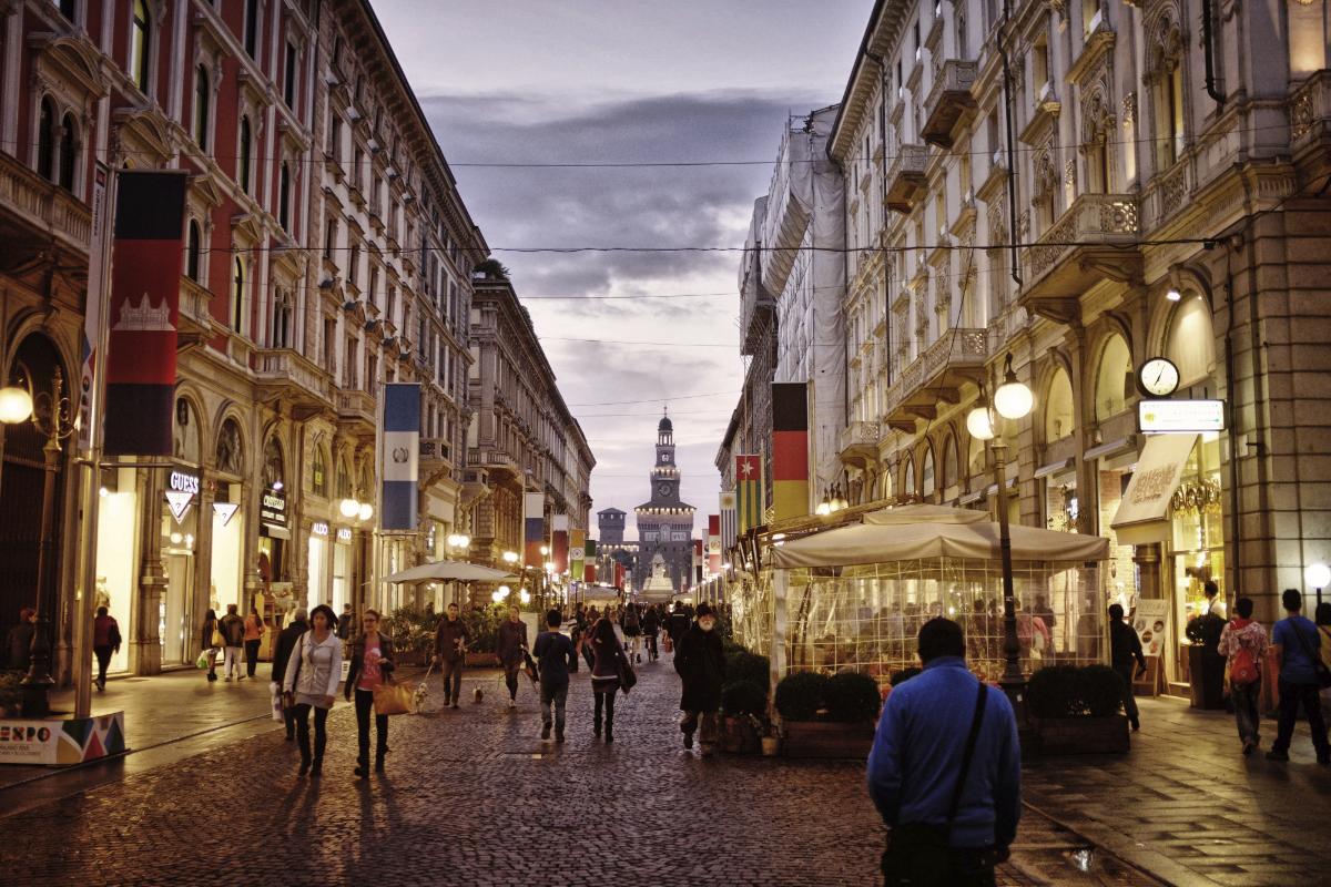 galleries Best Galleries to See During Milan Design Week ghfds