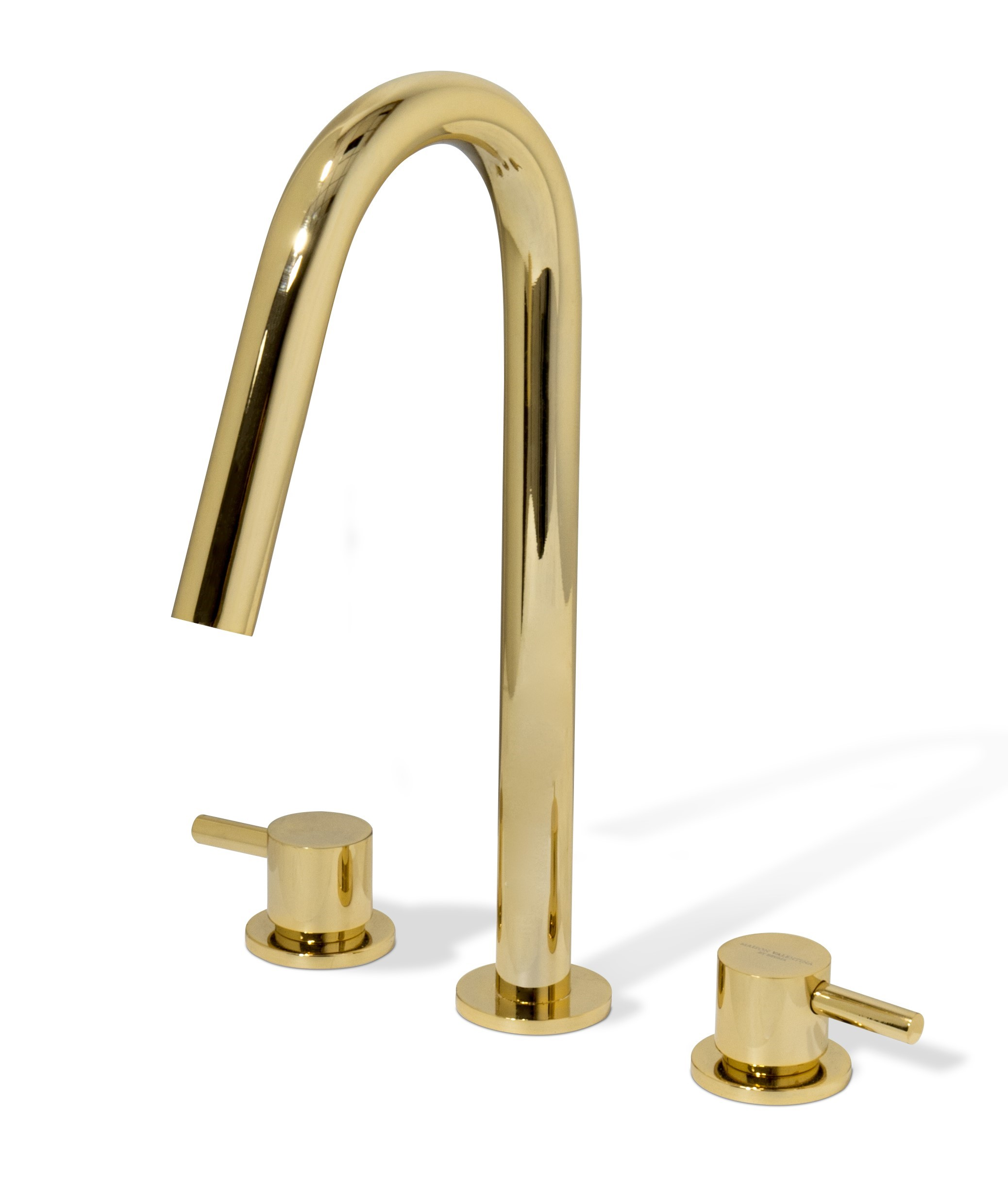 bathroom, golden bathroom, gold,maison valentina, bathub, mirror, rug, tap, bathroom decoration, bathroom decor  5 Ideas to Add a Touch of Gold to Your Bathroom ouch of gold to your bathroom 5 ideas to add a origin three hole mixer tap 1 HR 3