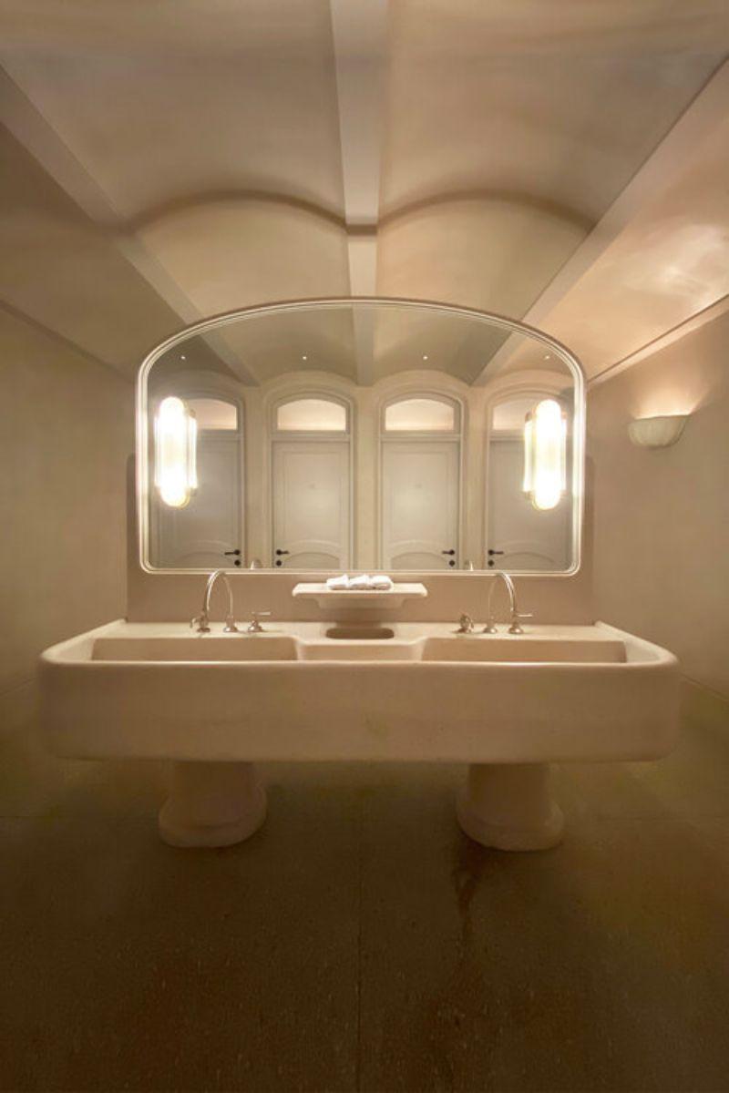 sydney's top interior designers Sydney's Top Interior Designers: Minimal and Mid-century Bathrooms ACME 1