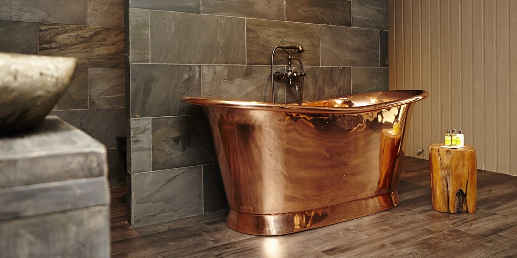 glamorous bathtubs 15 Most Glamorous Bathtubs to Have in 2021 Bateau Bath Banner e1537795005694
