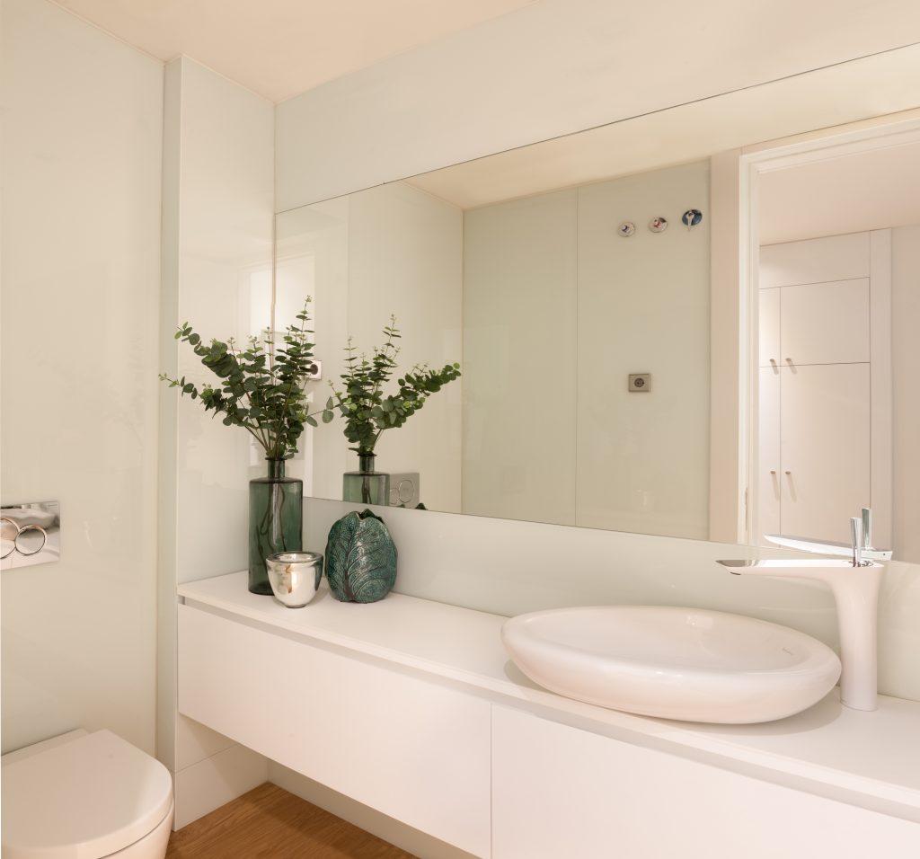 20 Bathroom Ideas By The Top Interior Designers From Madrid top interior designers from madrid 20 Bathroom Ideas By The Top Interior Designers From Madrid MarisaGallo 1024x956