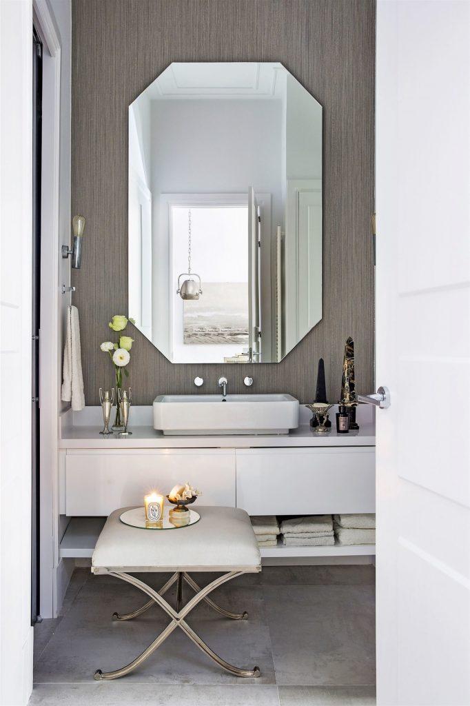 20 Bathroom Ideas By The Top Interior Designers From Madrid top interior designers from madrid 20 Bathroom Ideas By The Top Interior Designers From Madrid Top Interior Designers Based in Madrid raulmartins 682x1024