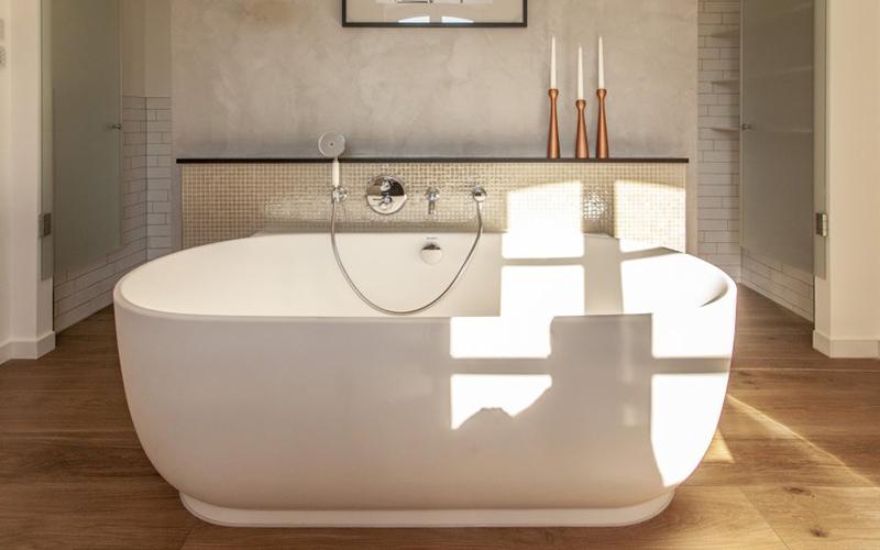 Outstanding Bathrooms Ideas from Top 20 Berlin Interior Designers top 20 berlin interior designers Outstanding Bathrooms Ideas from Top 20 Berlin Interior Designers susana