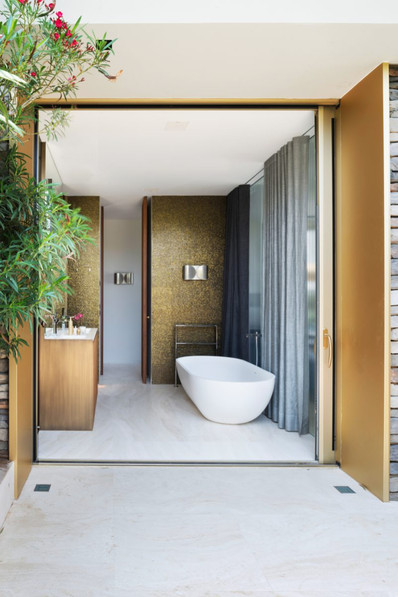 Contemporary bathrooms projects from Berlin Interior Designers contemporary bathrooms Contemporary bathrooms projects from Berlin Interior Designers DAVIDE RIZZO