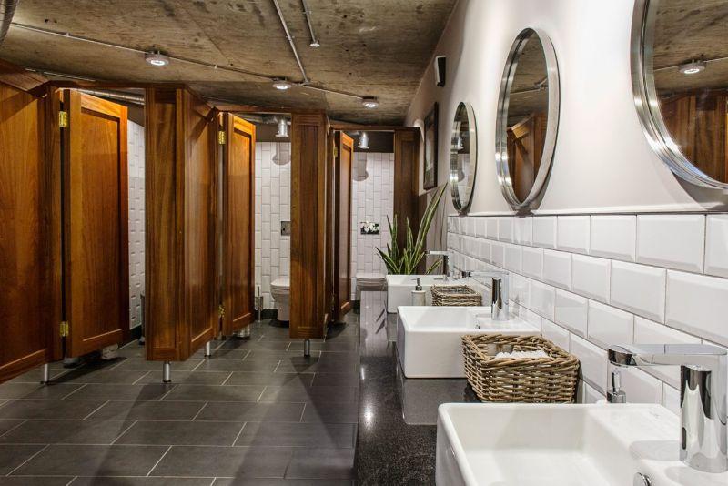 Bathroom Projects from Dublin  bathroom projects from dublin Bathroom Projects from Dublin Interior Designers: Irish Luxury Medley Divine Design 1