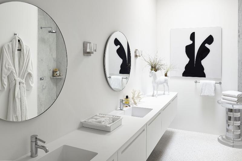 Miami Interior Designers: Get To Know Our Top 20 Bathroom Designs miami interior designers Miami Interior Designers: Get To Know Our Top Bathroom Designs Miami Interior Designers  Get To Know Our Top 20 Bathroom Designs 5
