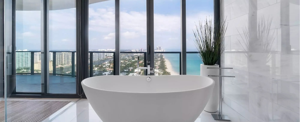 Miami Interior Designers miami interior designers Miami Interior Designers: Get To Know Our Top Bathroom Designs Miami Interior Designers  Get To Know Our Top 20 Bathroom Designs 9 1