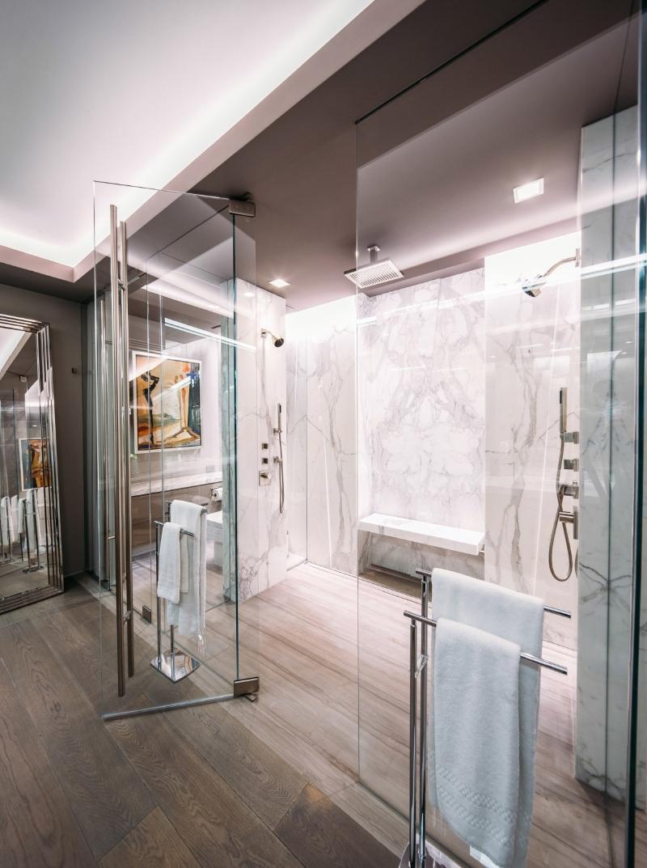 Miami Interior Designers: Get To Know Our Top Bathroom Designs miami interior designers Miami Interior Designers: Get To Know Our Top Bathroom Designs Miami Interior Designers  Get To Know Our Top Bathroom Designs 14
