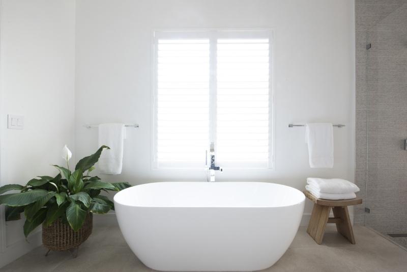 Miami Interior Designers: Get To Know Our Top Bathroom Designs miami interior designers Miami Interior Designers: Get To Know Our Top Bathroom Designs Miami Interior Designers  Get To Know Our Top Bathroom Designs 4 1