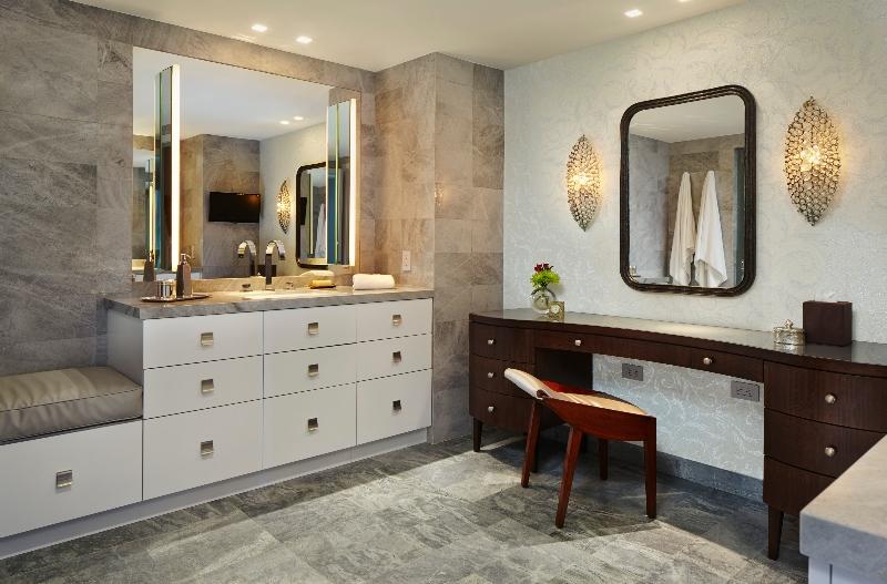 Miami Interior Designers: Get To Know Our Top Bathroom Designs miami interior designers Miami Interior Designers: Get To Know Our Top Bathroom Designs Miami Interior Designers  Get To Know Our Top Bathroom Designs 7 1