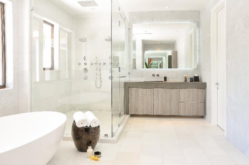 Miami Interior Designers: Get To Know Our Top Bathroom Designs miami interior designers Miami Interior Designers: Get To Know Our Top Bathroom Designs Miami Interior Designers  Get To Know Our Top Bathroom Designs