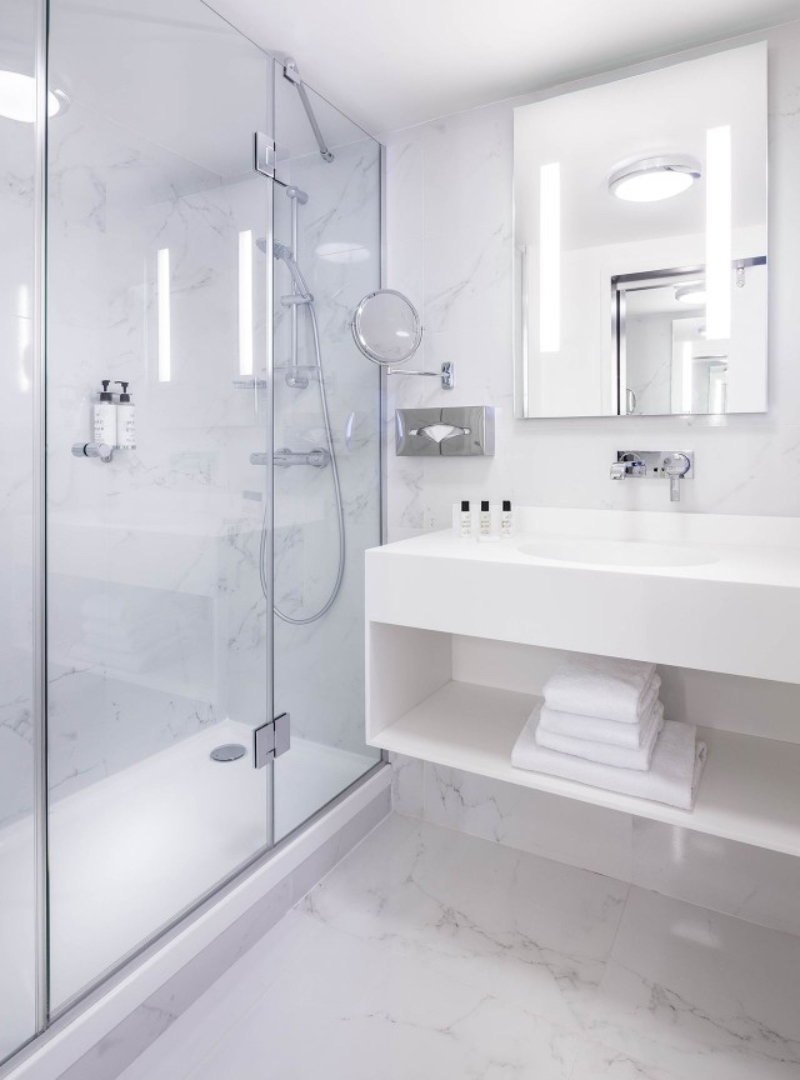 Versatile Master Bathrooms Projects by Axel Schoenert Architects  versatile master bathrooms projects by axel schoenert architects Versatile Master Bathrooms Projects by Axel Schoenert Architects 1 Remarkable and Versatile Master Bathrooms Projects by Axel Schoenert Architects