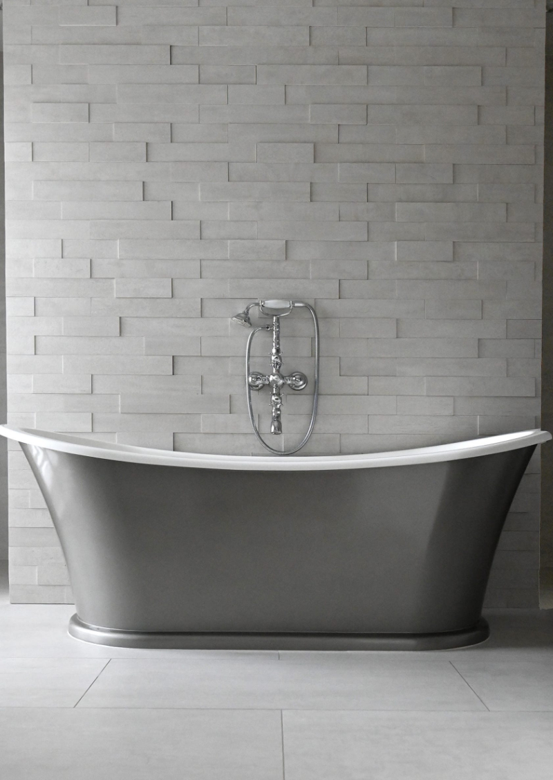 Modern classic bathrooms ideas with Isabella Hamann isabella hamann Modern classic bathrooms ideas with Isabella Hamann VILLA BERLIN