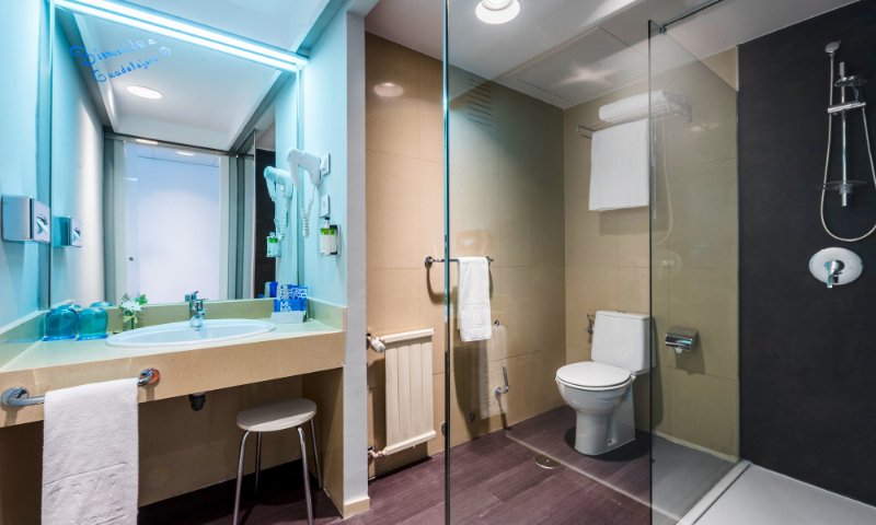 Proffetional Group: Luxury Bathroom Ideas