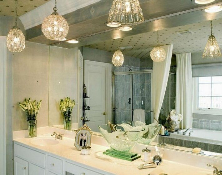 AMAZING SUSPENSION CHANDELIERS FOR YOUR BATHROOM