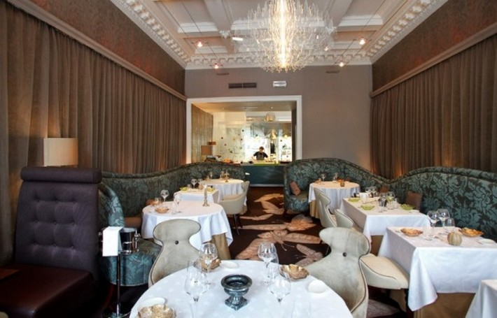 5 AMAZING MICHELIN-STARRED RESTAURANTS IN EDINBURGH  5 AMAZING MICHELIN-STARRED RESTAURANTS IN EDINBURGH Michelin starred restaurant 21212 Interior Edinburg