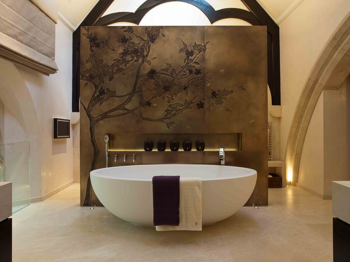 Bespoke ideas for your luxury bathroom rigby and rigby luxury bespoke fit marble bathroom
