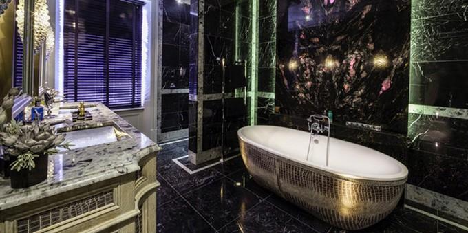 Animal prints for luxury bathrooms for Leopard print bathroom ideas