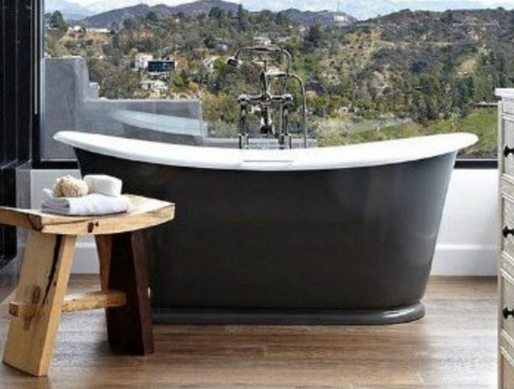 modern bathrooms Modern Bathrooms with Ocean Views Modern Bathrooms with Ocean Views 740x560